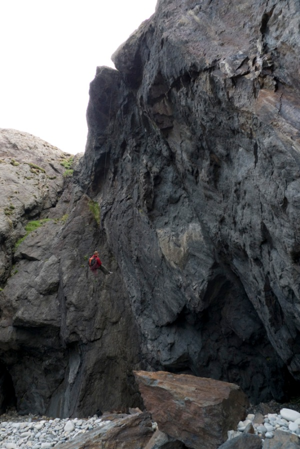 Pete Whittaker abseiling in to Ugly
