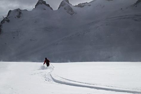 Me skiing fresh tracks up the Aiguille du Midi, on the Gros Rognon variation